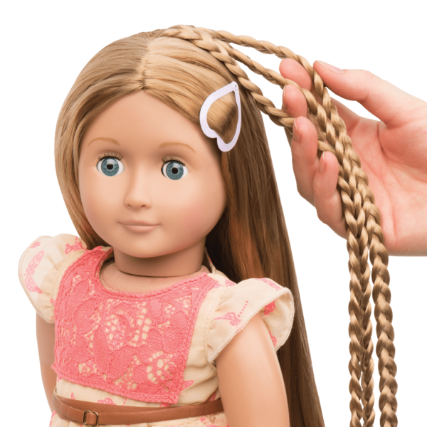 BD31073_Portia_Hairplay_Doll-hair-extension-detail01