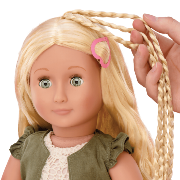 BD31115_Pia_Hairplay_Doll-hair-extensions01
